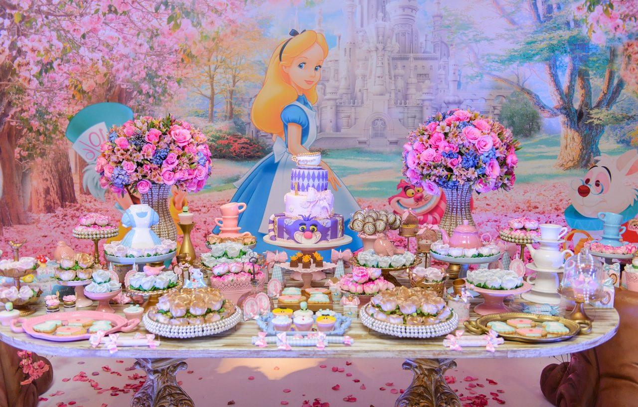 Alice no País das Maravilhas 2 - Georgia Festas